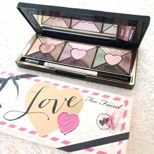 Too Faced - Passionately Pretty Love Pallette